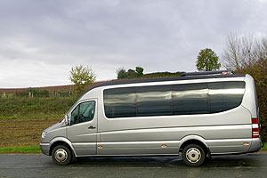 location de de minibus vip mercedes benz location minibus sans chauffeur. Black Bedroom Furniture Sets. Home Design Ideas
